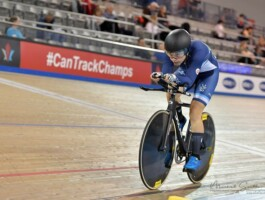 Adèle Desgagnés est récipiendaire de la bourse en cyclisme sur piste
