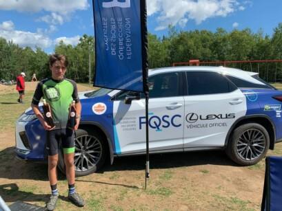 Félix-Antoine Leclair avec la Lexus FQSC.
