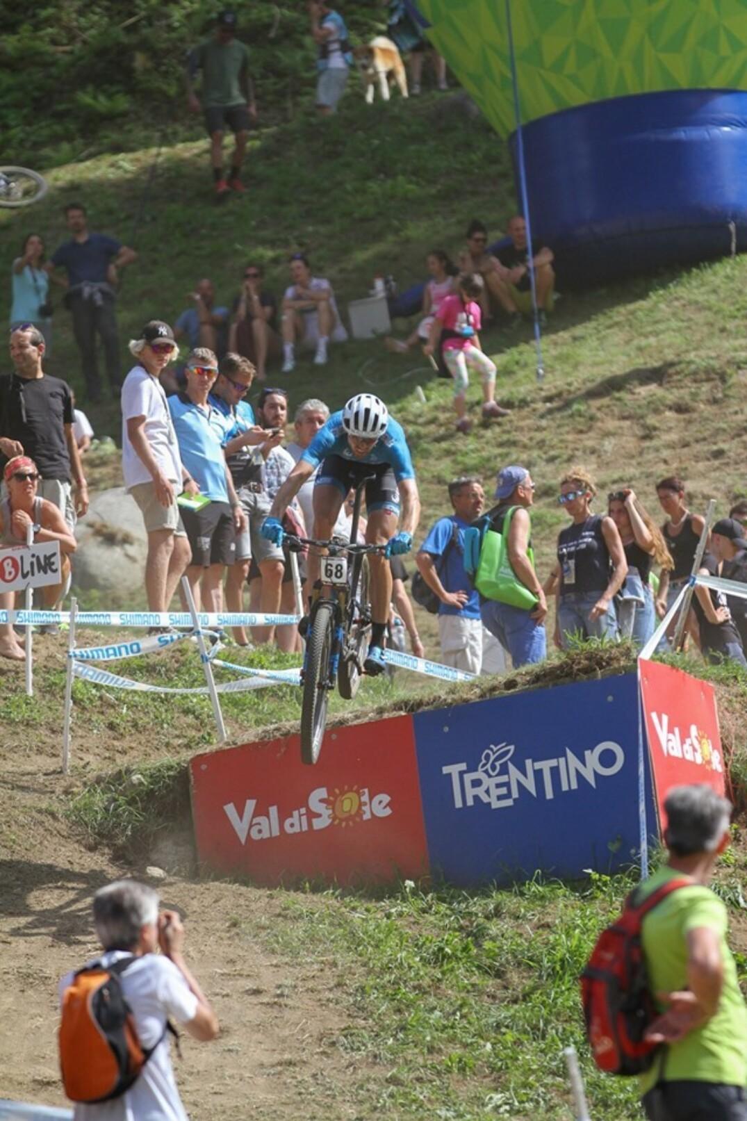 Leandre Bouchard en 42e place à Val di Sole (XCO)