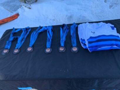 Table Des Medailles Et Maillots De Champion Quebecois