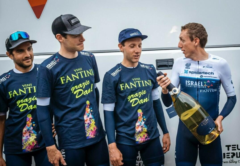 James Piccoli accompagne Dan Martin dans sa dernière course avant la retraite.