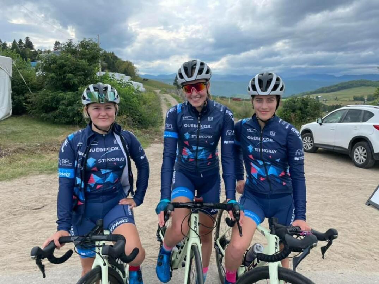 Trois membres de l'Équipe cycliste Québecor-Stingray en août dernier.