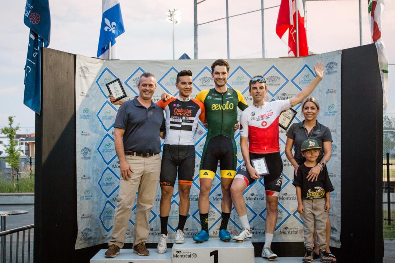 Podium chez les élites hommes - étape 8 aux Mardis cyclistes Lachine